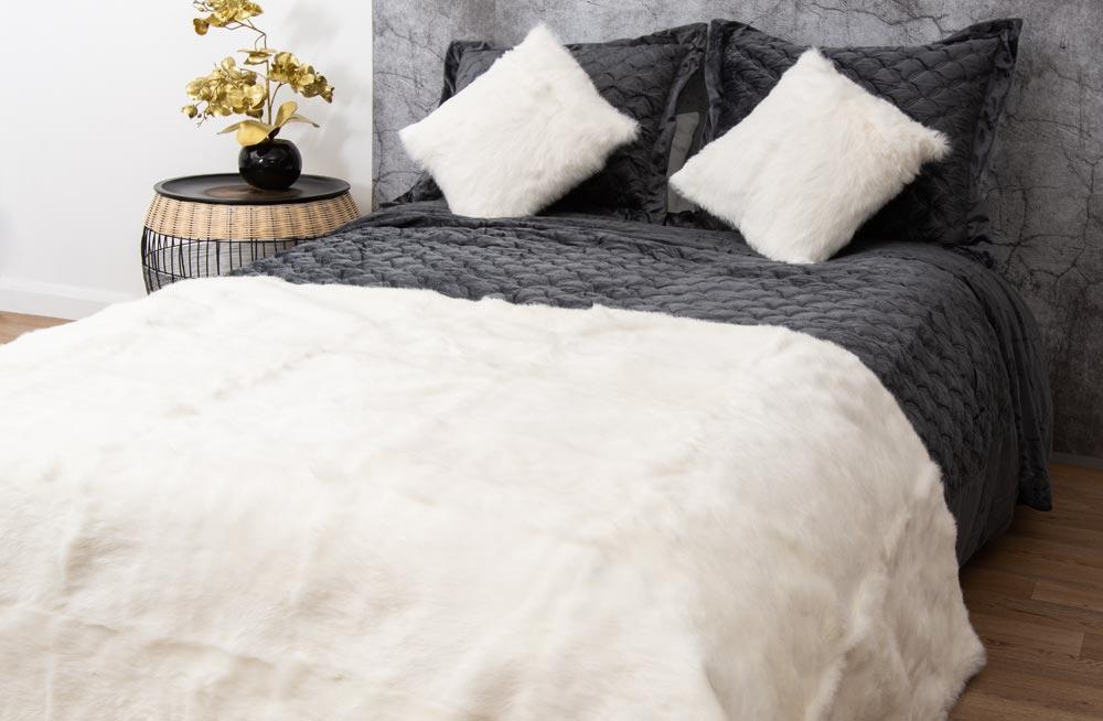 Leather bed cover White Rabbit Though,130x170cm