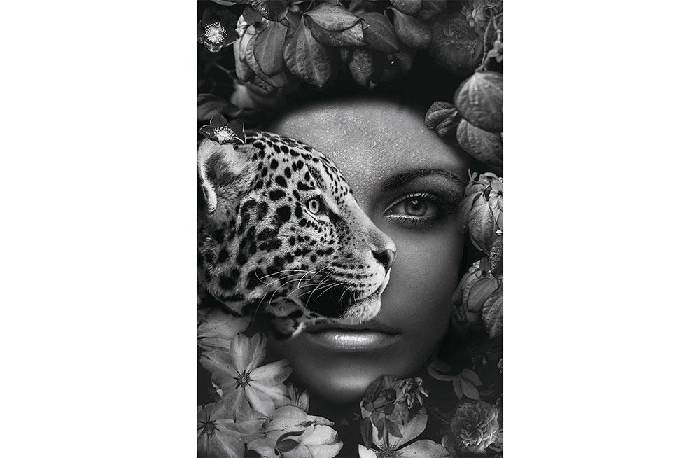 Stikla glezna Girl and leopard, 80x120cm