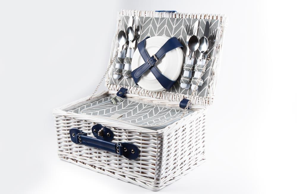 4 person Picnic Basket with Cooler Compartment, 40x28x18cm